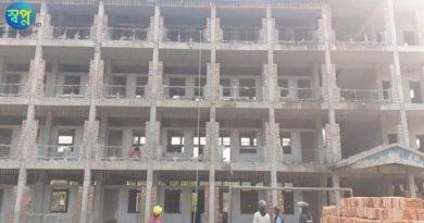 বেনাপোলে স্কুল নির্মাণ